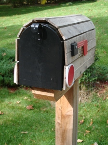 Residential_Mailbox_US